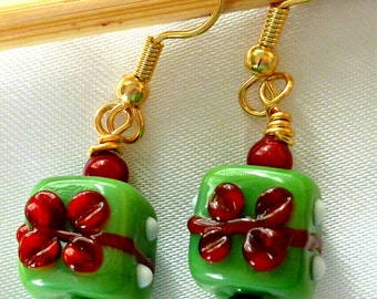 Sweet green Christmas present earrings in lampwork glass, dangle earrings, holiday earrings