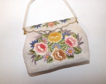 Vintage 1950s cream heavily beaded bead work hand embroidered flower floral evening handbag bag purse