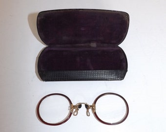 Vintage Pince-Nez pinch nose Spectacles Glasses faux tortoiseshell frames antique victorian Steampunk in case