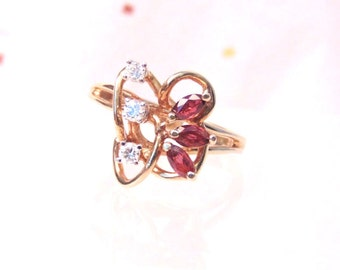 Vintage Diamond Ruby 14K Yellow Gold Statement Ring