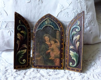 Vintage Italian Florentine triptych madonna and child Jesus travel icon leather on wood devotional religious triptych w Holy virgin Mary
