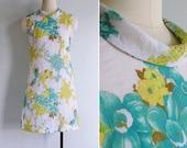 Vintage 70's Jackie O Collar Floral Print Hydrangeas Dress XS or S