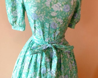 Gorgeous! Aqua Floral Dollie Dress with Full Skirt