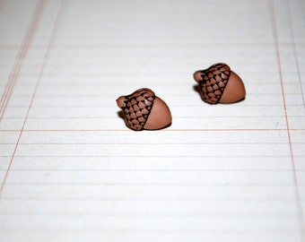 Acorn Studs -- Tiny Acorn Earrings, Tiny Acorn Studs, Fall Earrings