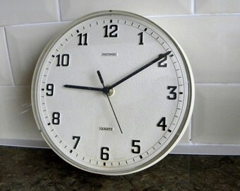 Metamec Kitchen Wall Clock - Battery Operated White Clock - Recycled White Wall Clock