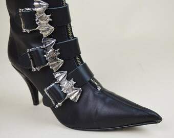 90s Gothic Batcave Witchy Black Leather Silver Bat Buckle Pointy Toe Goth Winklepickers Ankle Booties UK 4.5 / US 7 / EU 37.5