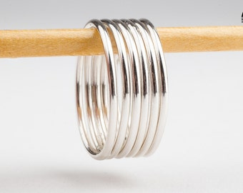 SMOOTH STACKERS - Set of high shine stacking skinny rings in Sterling Silver - Made in your size - Classic plain silver bands midi rings