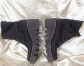 Me Too 90's Women's Black/Dark Brown Platform Grunge Ankle Boots Booties Size 7