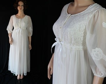 60s Miss Elaine Peignoir / Negligee /  White / Mad Men / Wedding Trousseau / Gift for Her
