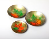 Andre Gagnon enamelled copper dishes, 1970s Canadian enameled copper dish, maple leaf decor, mid century pin ring jewellery dish desk set