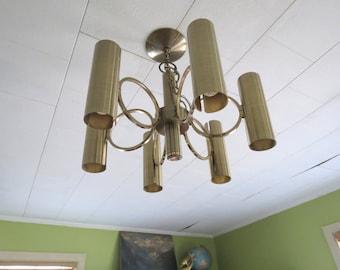 Vintage Lightolier Chandelier // Mid Century Modern Gaetano Sciolari Brass 6-Arm Ceiling Light Pinhole Sconces Circle Design Dining Area