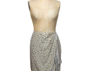 vintage 1980s EMANUEL UNGARO wrap skirt / silk / fringe trim / floral flowers / mini skirt / women's vintage skirt / size 14