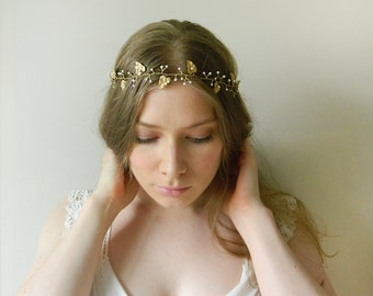 Vineyard Leaf Hair Vine 'Etheria' - hand wired leaves and Swarovski crystal pearl bridal headpiece - style 020