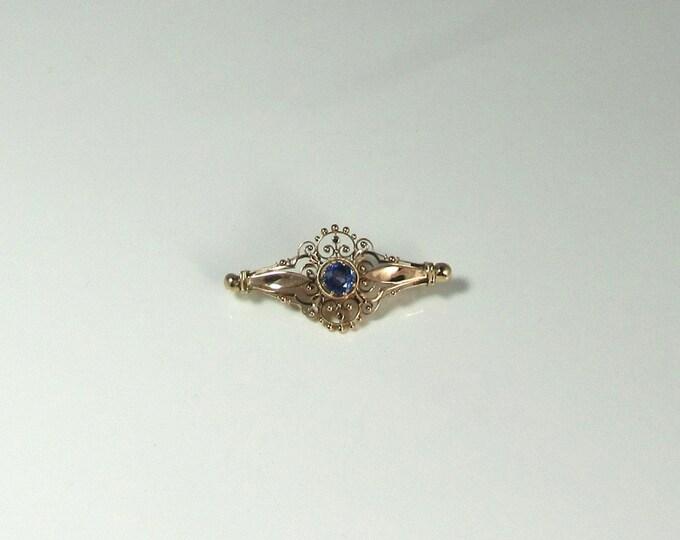 Victorian Yellow Gold Blue Sapphire Pin; Blue Sapphire Pin; Antique Pin; Antique Sapphire Pin; Fancy Bar Pin; Victorian Sapphire Pin