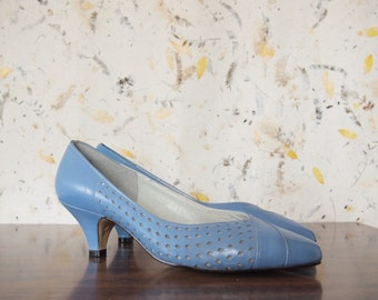 Vintage Blue Heels / Size 6 / Made in USA