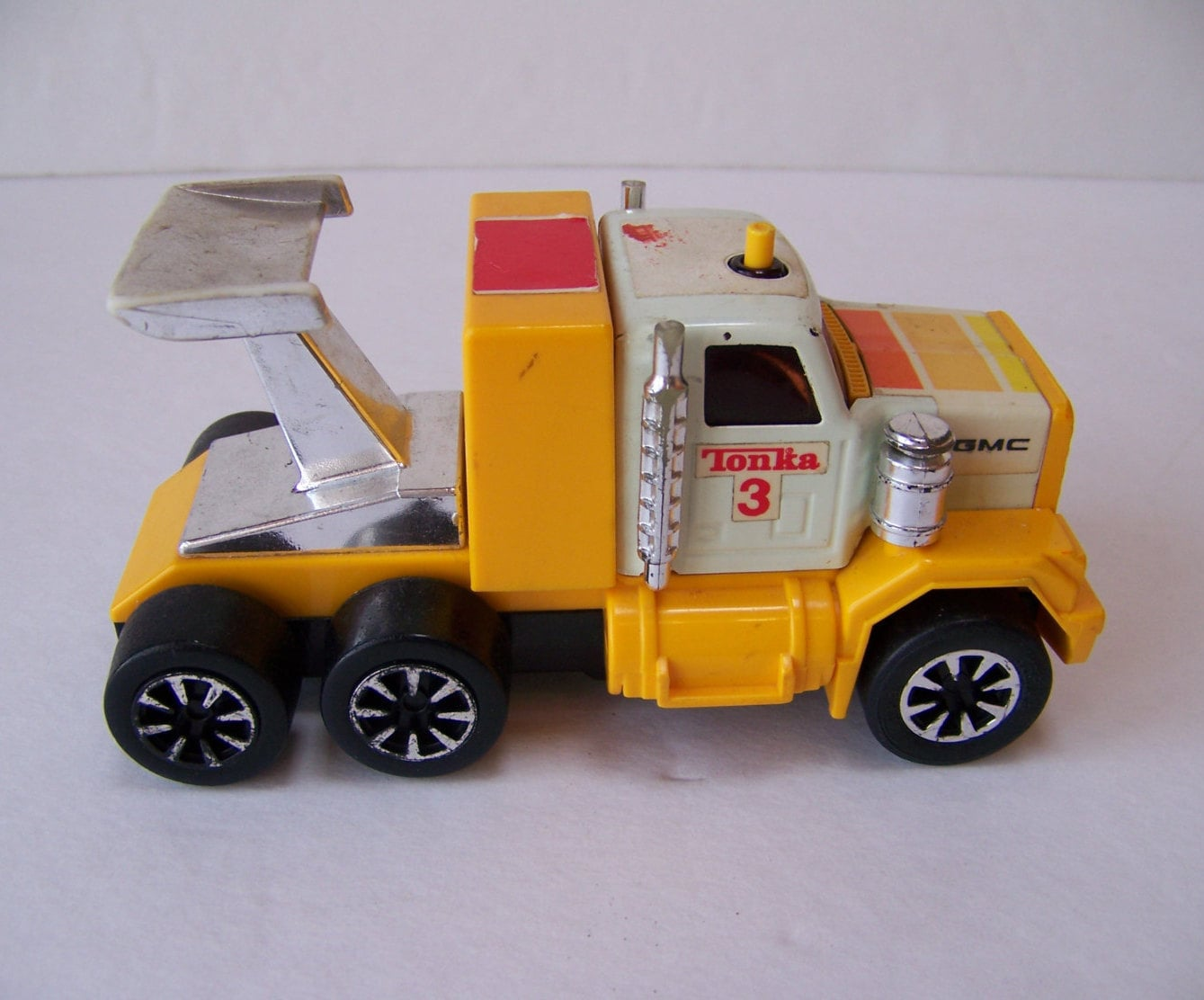 Toy Cars And Trucks : Vintage tonka toy truck made in japan llectible