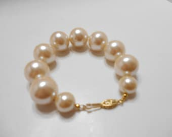 Vintage Large Faux Pearl Bracelet (4803) (BP) Individually Knotted--12mm & 18mm--Gorgeous!!