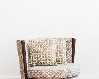 Fun Geometric Throw Pillows Gold Beige 15x15