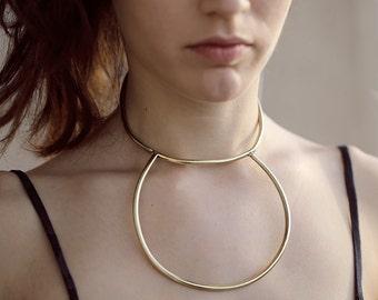 Arch collar