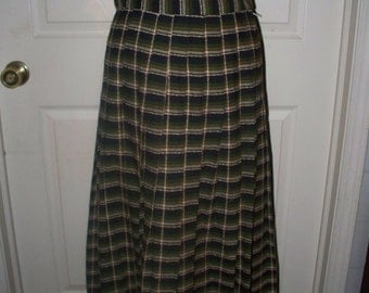 1970s Ladies Plaid Skirt  - 100% Wool - Unlined - Unmarked - Green White Purple Plaid