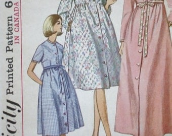 Empire Waist Robe Sewing Pattern/ Simplicity 6247 /Bust 31.5 /1960s