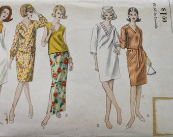 60s Vogue 6170 /Shift Dress /Vintage Sewing Pattern /OverBlouse /Straight Skirt /Bust 34