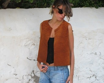 Bohemian leather vest handmade of high quality suede. Suitable for any season. Available in 3 colors.