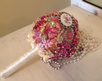 DEPOSIT | Brooch Bouquet |  Broach Bouquet | Custom Bridal Bouquet | Jeweled Bouquet | Rhinestone Brooch Bouquet | DEPOSIT