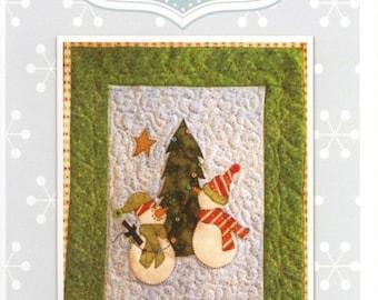 Snow Much Decorating Mini Quilt Pattern by Quilt Doodle Designs (QD132)