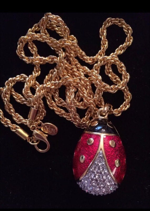 Joan rivers egg necklace large ladybug pendant with crystals for Joan rivers jewelry necklaces