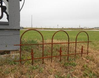 """Small Wrought Iron Garden Border Edging Fence - 16"""""""