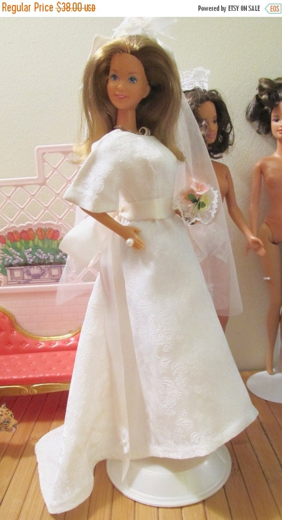 On sale 50 vintage 1979 barbie bride wedding gown by for Barbie wedding dresses for sale