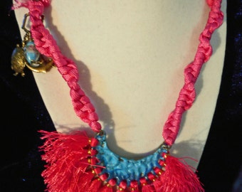 Hot Pink Paracord Necklace (E 558)
