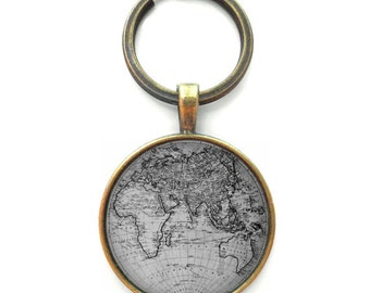 Black and White Globe Keychain, Gag Gift Accessories, Wanderlust World Map Keychain Christmas Stocking Stuffer Gift, Map Key Chain