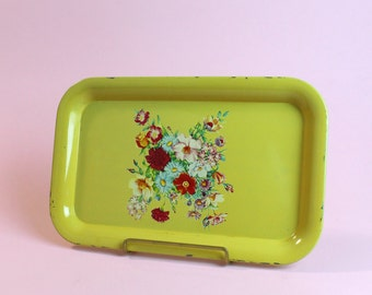 Lot of 5 Vintage Yellow Floral Metal Dining Tea Tolle Meal Kitchen Serving Trays