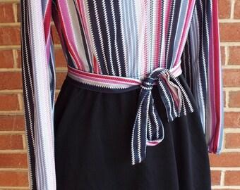 Vintage Funky Long Sleeve Dress