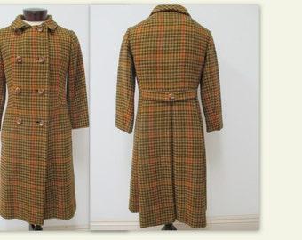 1960-70's Plaid Wool Coat with belted back, Mid Century Coat, Ladies winter coat, Ladies vintage coat, 70s coat, winterwear, plaid coat