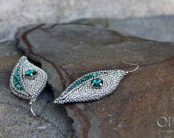 Silver beaded earrings Leaves earring Bead embroidery earrings Emerald green earring CLassic Elegant  Ideal Bridal - Emerald Wedding Jewelry