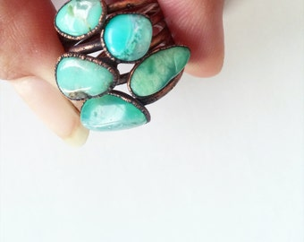 Tumbled chrysoprase ring | Chrysoprase crystal ring | Green chrysoprase and copper ring | Raw crystal jewelry | Raw crystal statement ring
