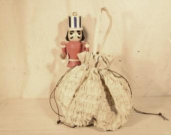 Ruffled cotton bag