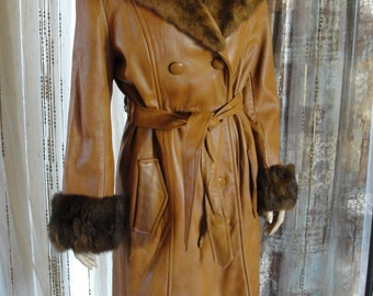 Vintage 1970s 70s fur collar coat full length leather jacket medium / Large size 9 belt belted double breasted