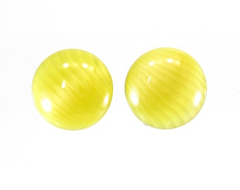 Vintage Yellow Glass Earrings, Swirled, Art Glass, Clip Ons