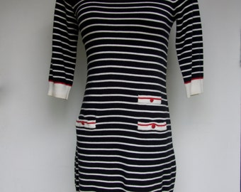 Striped Knit Dress - Women's Extra Small/Small - 3/4 Length Sleeves Black White Red XS S SM Boatneck Winter Fall Casual