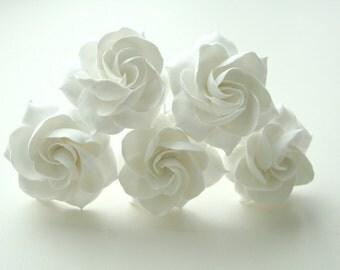 White bridal hair flower gardenia,  Bridal flower hair clip, Wedding hair flower, Wedding hair pin, Bridal hair pin, Flower hair pin