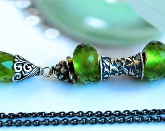 925 Silver Fantasy-Necklace with facetted Peridot Green Pendant