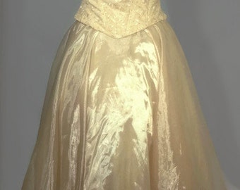 Vintage 1990's Long Prom Dress. Vintage Southern Belle Party Dress. Size XL Made in the USA