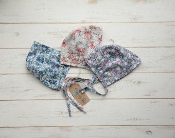 Girls Bonnet in Floral Print