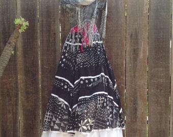 VINTAGE  long skirt. Frida Kahlo skirt. mexican/ boho party. SIZE M