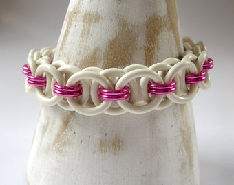 Helmet-chain Rubber Bracelet, Chainmaille