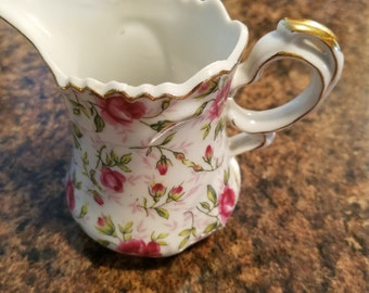 Vintage creamer handpainted pink rose and rosebud lefton china